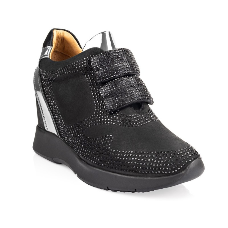 Sneakersy MADONNA nero